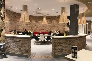 Kamień, drewno i... ciekawy design. Oto nowy McDonald's we Włocławku