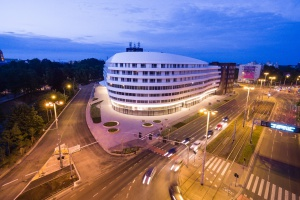 OVO Wrocław zachwyca nie tylko architekturą, ale też oświetleniem
