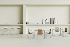 Prostota formy i dyskretna elegancja. Oto krzesło spod kreski Paula Brooks'a