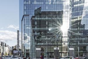 Bryła jak kryształ kwarcu. Q22 walczy o główną nagrodę Property Design Awards 2017