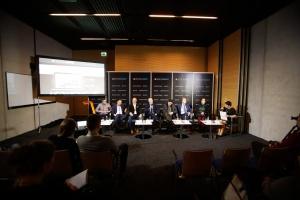Sesja Technologie. Oświetlenie - fotorelacja