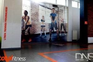 Warszawska siłownia w industrialnym stylu