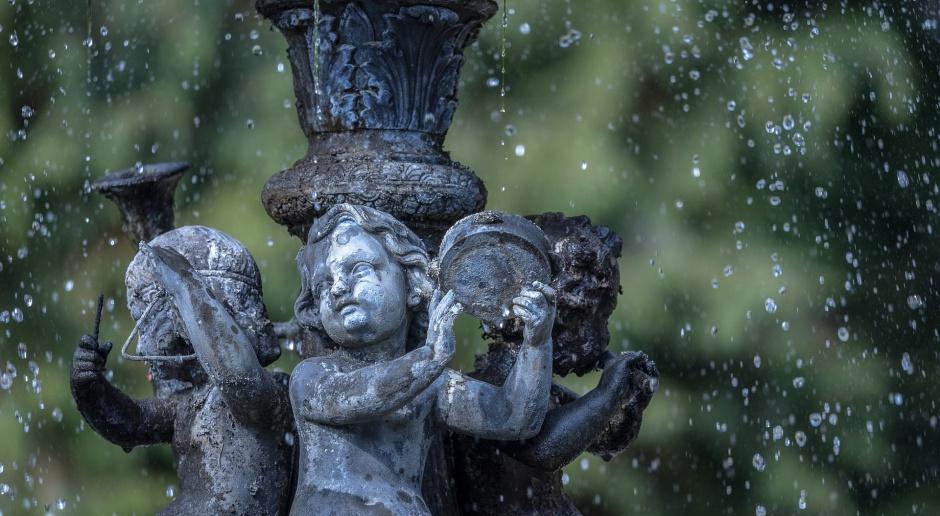 Renowacja zabytkowych fontann w ramach projektu