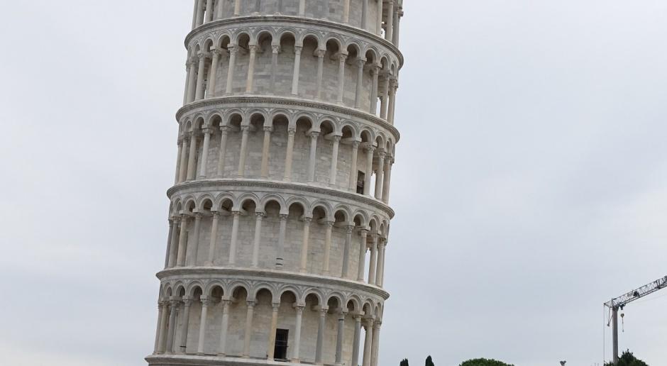 Niedaleko Krzywej Wieży w Pizie stanie Diabelski Młyn. Projekt budzi kontrowersje