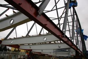 W tym mieście powstaje ogromny podświetlany most łukowy