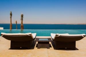 Z widokiem na Morze Martwe. Niezwykły projekt hotelu