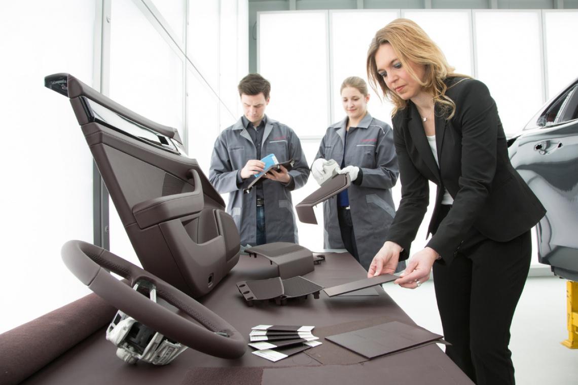 Projektanci Porsche Style: Znalezienie właściwego koloru polega na powtarzaniu aż do skutku. To coś jak wielkie puzzle