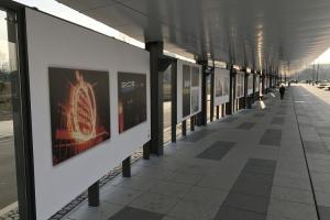 Neony powracają do Poznania