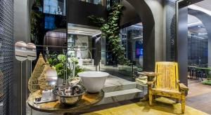 Jak zaprojektować najpięknięjszą łazienkę świata? To miejsce w Singapurze inspiruje