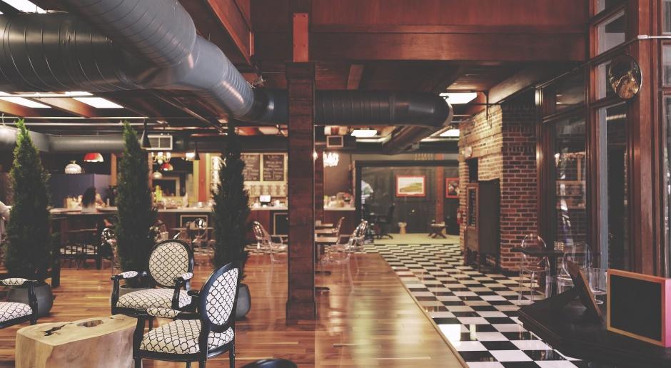 Design jest wyróżnikiem restauracji. Jednak nie podążajmy ślepo za trendami