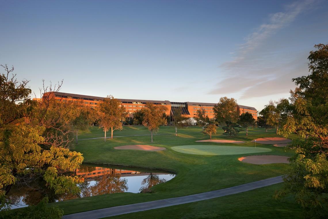 Hotel dla miłośników golfa pełen designu