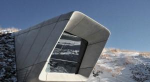 Muzeum w górze - zachwycający obiekt spod kreski Zahy Hadid i Petera Irmschera