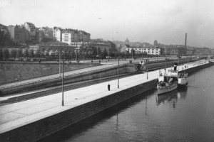Warszawa wczoraj i dziś, czyli jak biznes zmienił miasto