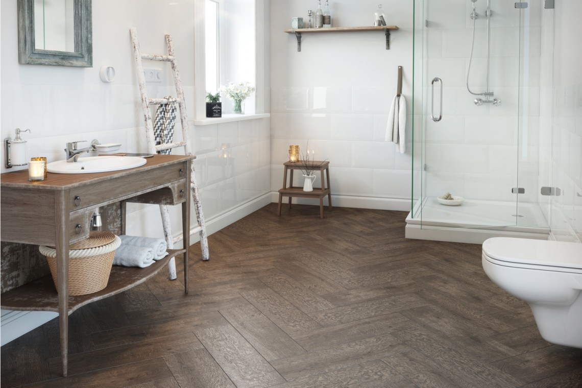 Zamiast wycinać, użyj kamienia - nowe gresy drewnopodobne na podłogi