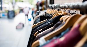 Rola dotyku w projektowaniu architektury sklepów i punktów sprzedaży