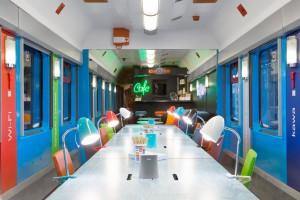 Coworkingowy... wagon w pociągach PKP Intercity