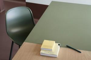 Linoleum na meblach. Design wart docenienia