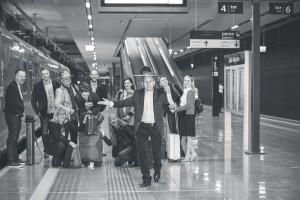 Wyjątkowa architektura dworca w nietypowej sesji zdjęciowej
