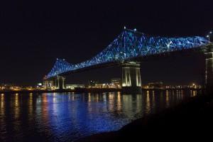 Słynny most Jacquesa Cartier w imponującym świetle
