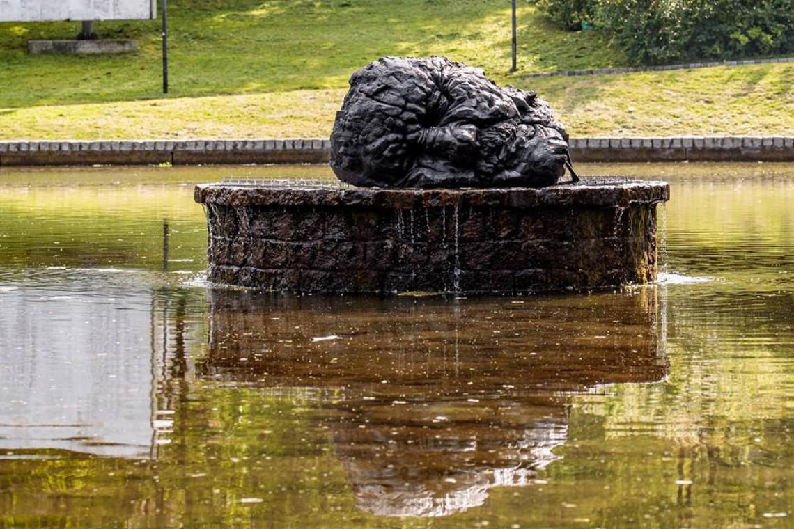 Obcięta głowa Jana Chrzciciela - nowa rzeźba w łódzkim parku