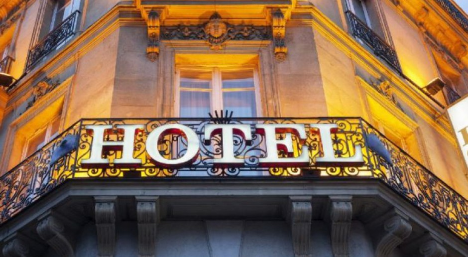 Kryminalne tajemnice i wielkie romanse. 10 hoteli, które kryją setki historii