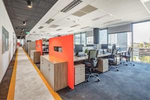 Niezwykłe biuro, gdzie w ping ponga można zagrać na stołówce