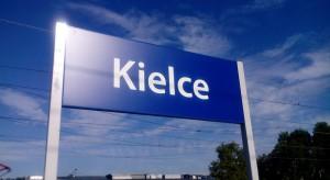 Biedroń w Kielcach: zrównoważony rozwój receptą na wyludnianie się miast