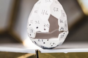 Solarne jajo artystów Bigert & Bergström to więcej niż instalacja