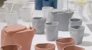 O fabrykach porcelany. Jak wartościowy jest człowiek w procesie produkcji