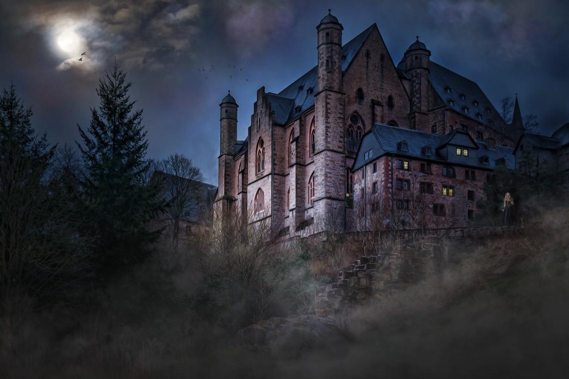 W poszukiwaniu sekretnego tunelu, który miałby łączyć zamek z kościołem