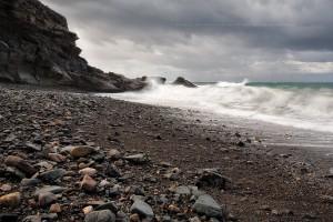 Wulkaniczne plaże jak z Marsa