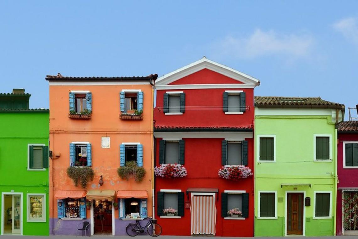 Psychologia koloru. Jak barwy w architekturze wpływają na uczucia i stan ducha