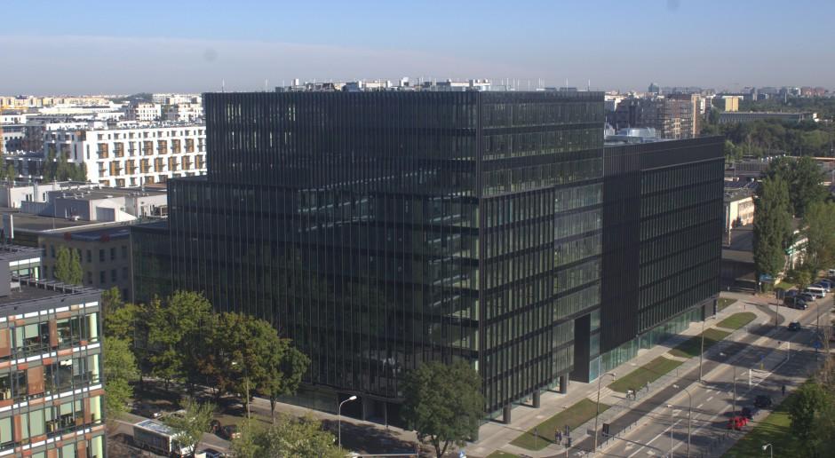 Warszawski Mokotów zyskał kolejny biurowiec. Ciekawa architektura i eko-technologie
