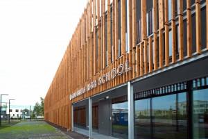 To jedna z najbardziej inspirujących architektonicznie szkół w Polsce