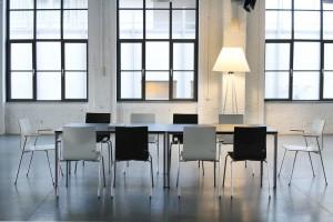 Konferencyjne sale biurowe. Tak projektuje się ich wnętrza