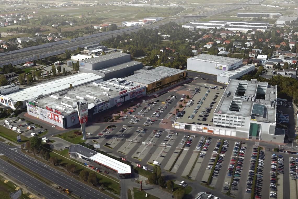 Centrum Krakowska 61 czeka modernizacja. Nowa elewacja zaskoczy