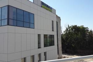Ozimska Business Park zaskoczy fasadą