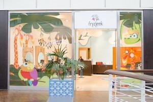 Design tego salonu zachęca dzieci do wizyty u fryzjera