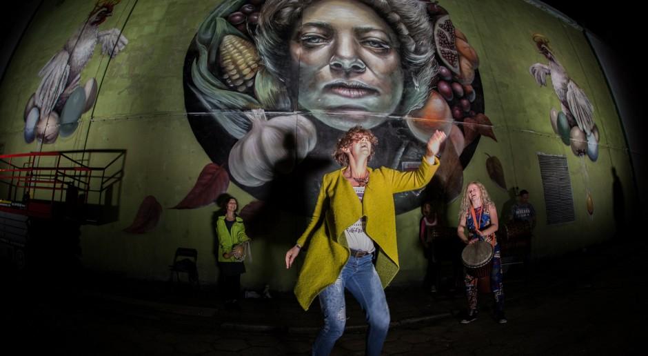 Niezwykły mural powstał w Łodzi. Tym razem przedstawiający słowiańską boginię