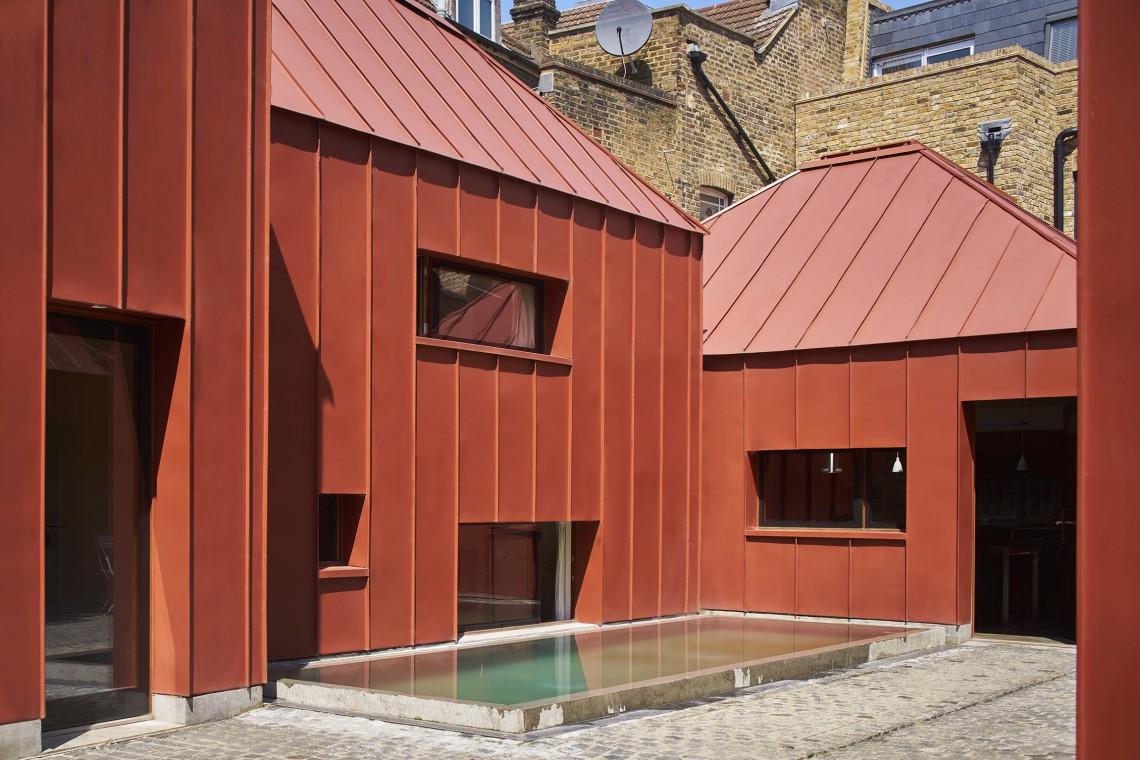 Tin House - niepowtarzalny budynek z... organicznej stali