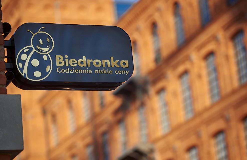 Dyskont może zachwycić... designem. To jeden z najładniejszych sklepów sieci Biedronka w Polsce