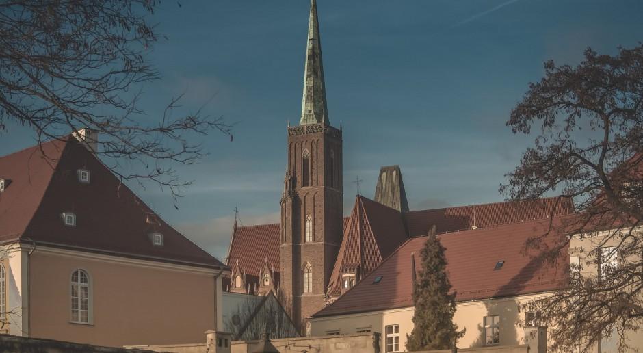 Szklany design na wrocławskim dworcu