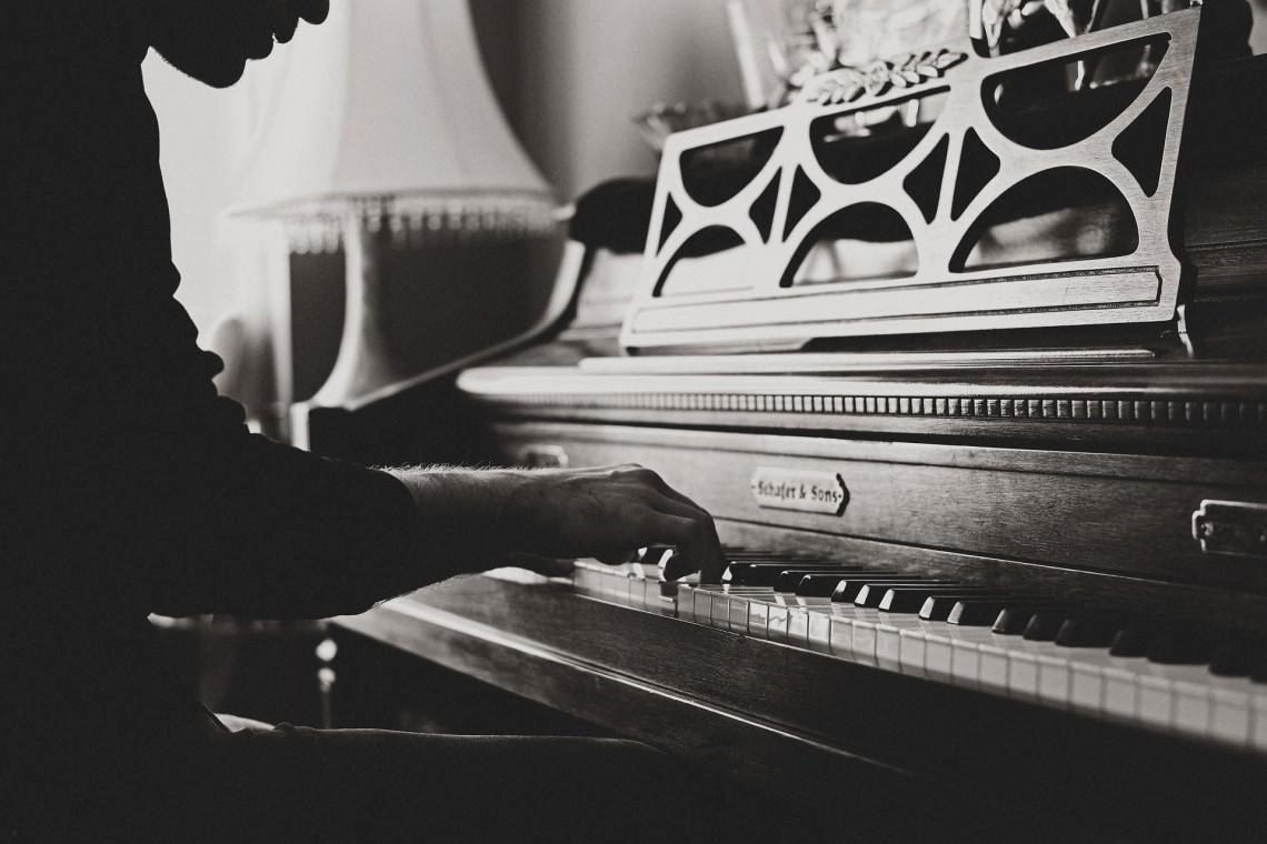 Zabytkowe fortepiany króla Tajlandii przeszły renowację w Piotrowie