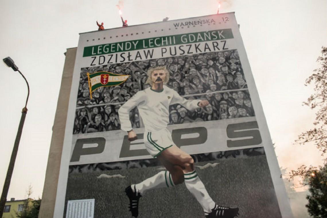 Mural na cześć legendy futbolu