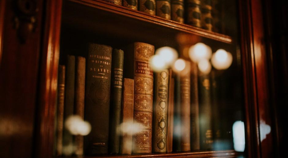 Wypożyczalnia książek w formie... budek telefonicznych