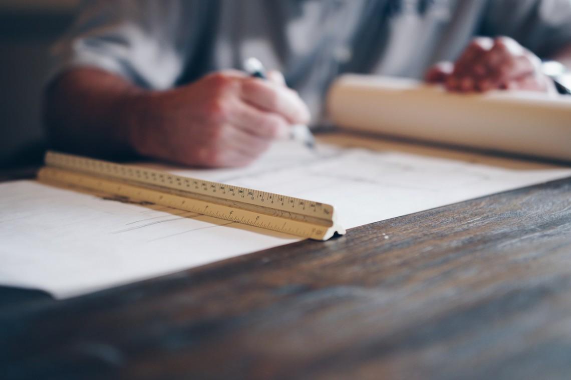 MIiR chce uregulować przepisy dot. zawodów architekta i inżyniera budownictwa