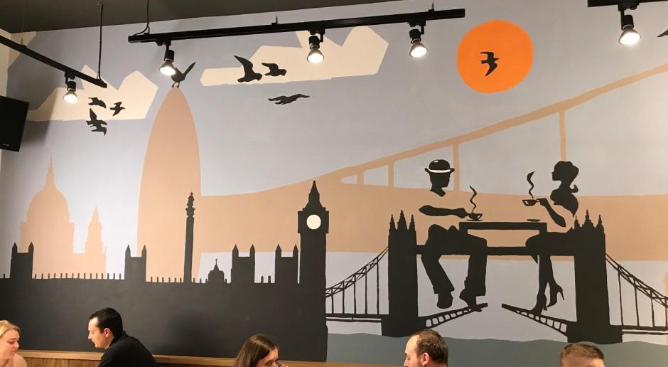Wyjątkowa Costa Coffee z... muralem znanego artysty