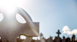 Nowy pomnik na Powązkach