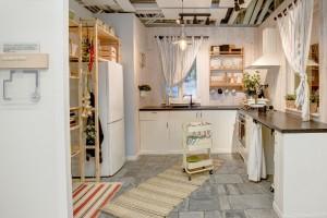 IKEA Kraków przeniosła do sklepu... 30 kuchni z istniejących mieszkań