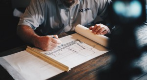 """Rozpoczął się remont pierwszego budynku """"Fabryki pełnej życia"""""""